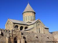 Śladem winnic i ośnieżonych szczytów Kaukazu